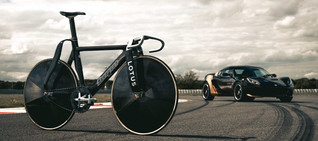 Lotus News: Lotus Olympic Bike with Elise Classic Heritage Edition